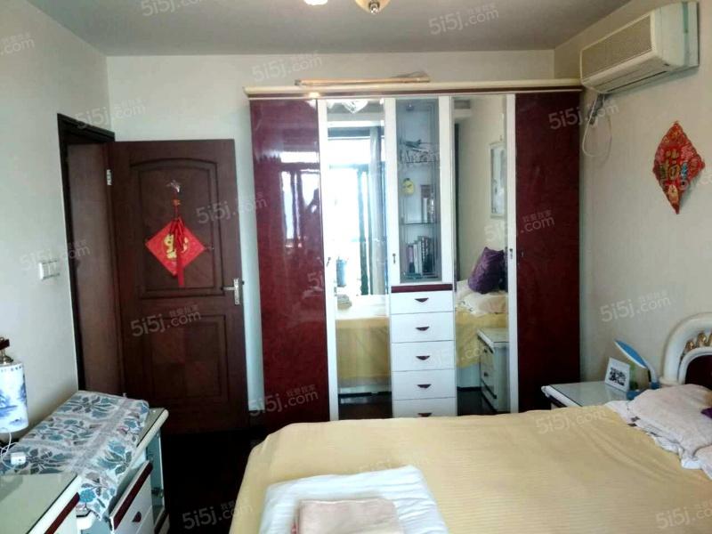 带车位欧式豪华装修居家三房实木地板 红木家具 空关