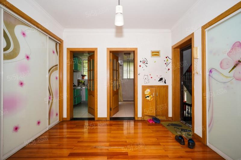 5 面积(m) 小区:岭南公寓 楼层:低楼层/6层 朝向:南北 装修:中装 规划