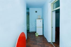 卫华里 紧邻吴家窑站 精装两室拎包入住