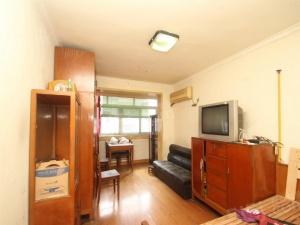 老房东委托价格可面谈,房型正气,交通便利,配套齐全