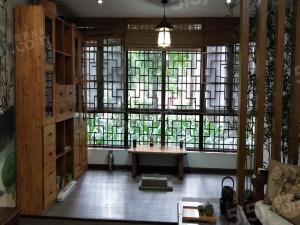 店长推荐、山语城新出154平大平层,四室两厅、中国风装修。