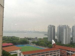 中海花园中 央 空调带地暖 品牌家私 拎包入住