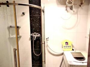 长城国际精装一居室 电梯房 采光好 配套齐全交通便利