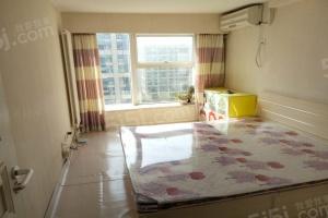 蓝庭公寓 精装修二室  可月付 免押金
